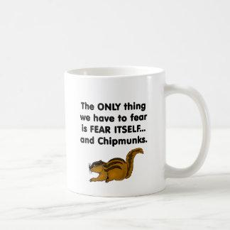 Chipmunks del miedo sí mismo taza de café