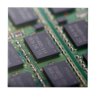 Chips de memoria del ordenador tejas  ceramicas