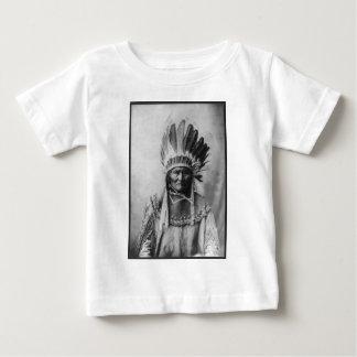 Chiricahua Apache Geronimo Goyathlay Goyahkla Tshirts