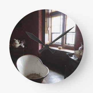 Chirk Castle Bathroom Round Clock