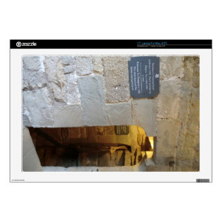 """Chirk Castle Dungeon Entrance Decal For 17"""" Laptop"""