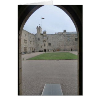 Chirk el arco de la entrada del castillo tarjeta de felicitación