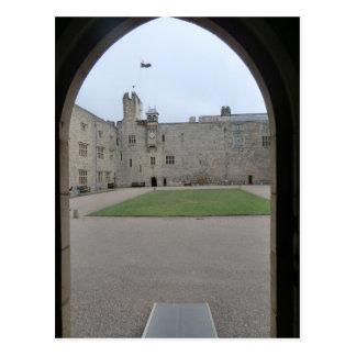 Chirk el arco de la entrada del castillo postales
