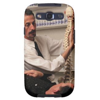 Chiropractor y paciente galaxy s3 carcasa