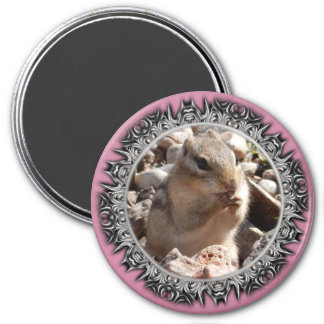 Chirpy Chipmunk Magnet (Bladed Border)