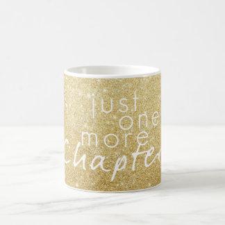 Chispa del oro apenas una más taza de café del