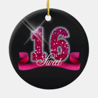 Chispa ID117 rosado del dulce dieciséis Adorno Navideño Redondo De Cerámica