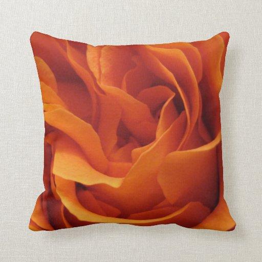 Chispas de KIW: Almohada color de rosa llameante