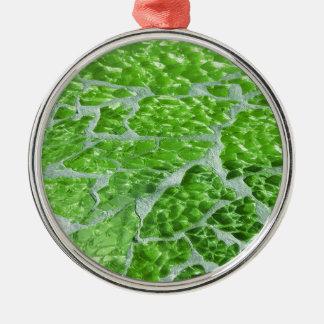 Chispas elegantes festivas de la piedra del verde adorno navideño redondo de metal