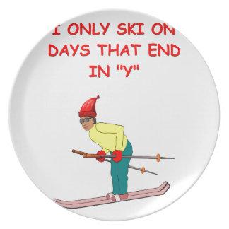 chiste de esquí platos para fiestas