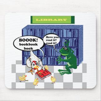 Chiste de la biblioteca tapete de ratón