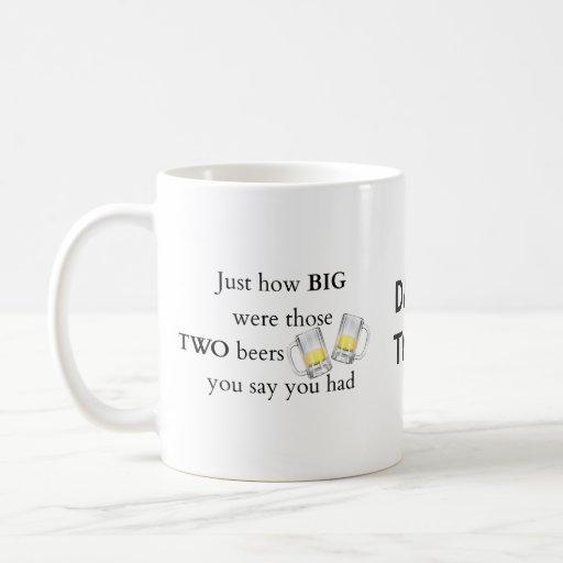 Chiste de los polis, cómo es grande. tazas de café