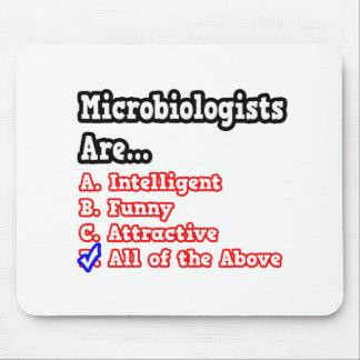 Chiste del concurso del microbiólogo… alfombrillas de ratón