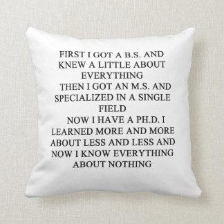 chiste del friki almohada