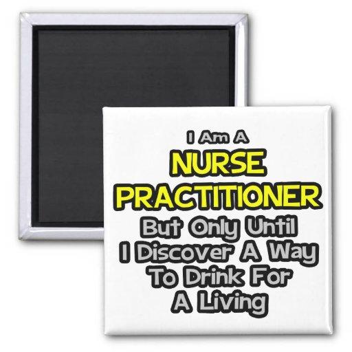 Chiste del médico de la enfermera. Bebida para una Imán Cuadrado