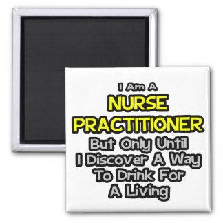 Chiste del médico de la enfermera Bebida para una Imán De Frigorifico