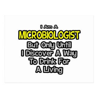 Chiste del microbiólogo. Bebida para una vida Postales