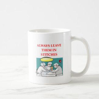 chiste divertido del doctor taza de café