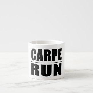 Chistes divertidos de las citas de los corredores: taza espresso