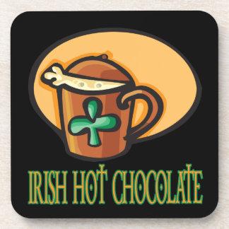 Chocolate caliente irlandés posavasos de bebida