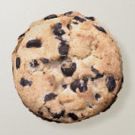 Chocolate Chip Cookie close-up Round Pillow