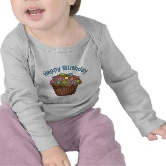 Chocolate de la magdalena del cumpleaños camiseta