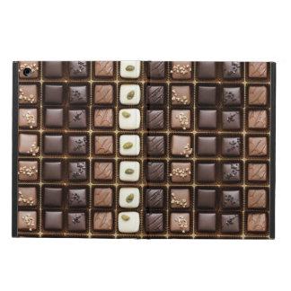 Chocolate de lujo hecho a mano en una caja
