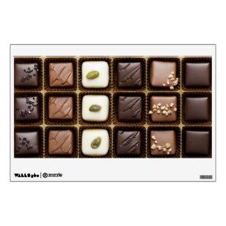 Chocolate de lujo hecho a mano en una caja vinilo adhesivo
