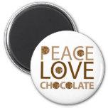 Chocolate del amor de la paz imán redondo 5 cm