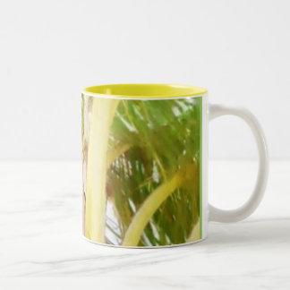 Chocolate del verde amarillo taza de dos tonos