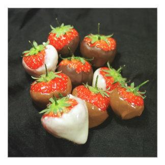 Chocolate dipped strawberries photo