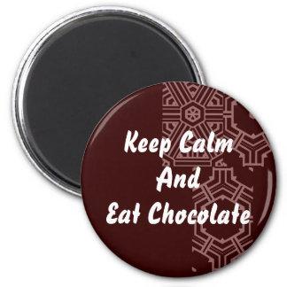 Chocolate - guarde la calma iman de frigorífico