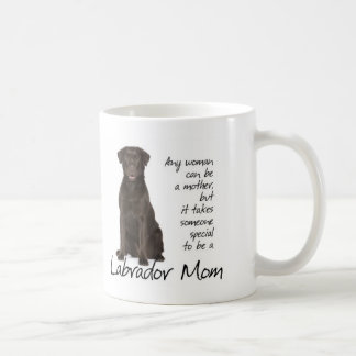 Chocolate Lab Mom Coffee Mug