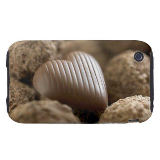 chocolate nestled entre otros chocolates iPhone 3 tough coberturas