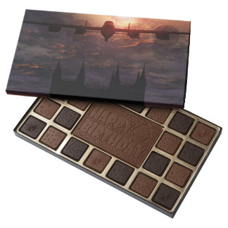 Chocolates, Lancaster Bomber Lincoln Cathedral 45 Piece Box Of Chocolates