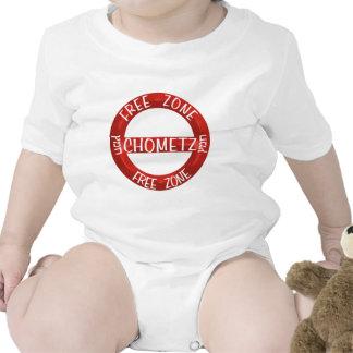 Chometz libera trajes de bebé