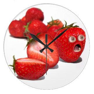 Choque de la fresa reloj redondo grande