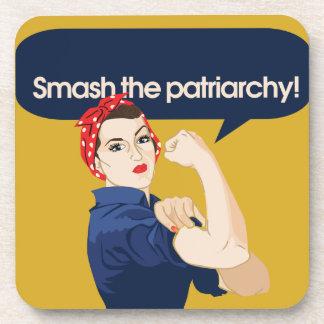 Choque el refrán feminista del patriarcado posavasos