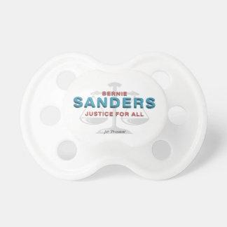 Chorreadoras de Bernie de la CAMISETA para el Chupetes
