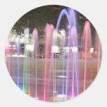 Chorros de agua del color pegatina redonda