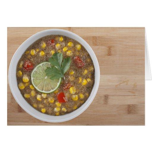 Chowder de maíz del amaranto con la cal tarjeton