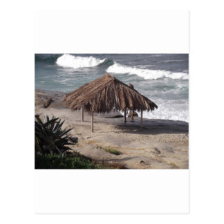 Choza en la playa tarjeta postal
