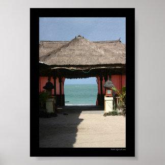 Choza y océano del Balinese Póster