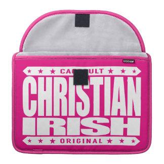 CHRISTIAN IRISH - God Loves Brave Celtic Warriors Sleeve For MacBook Pro