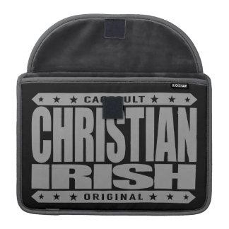 CHRISTIAN IRISH - God Loves Brave Celtic Warriors Sleeve For MacBooks