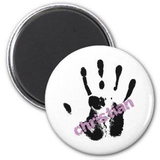 Christian lila sur main noire magnet
