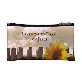 Christian Quote: Learning to Lean on Jesus Makeup Bag