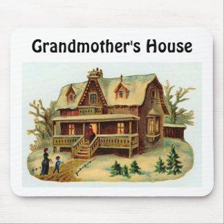 CHRISTMAS (705), Grandmother's House Mouse Pad
