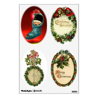 CHRISTMAS BANJO, CROWNS, MISTLETOES ,HOLLY BERRIES ROOM DECAL