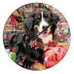 Christmas - Bernese Mountain Dog - Chloe Wallclocks